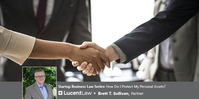 Business People Shaking Hands_Lucent Law